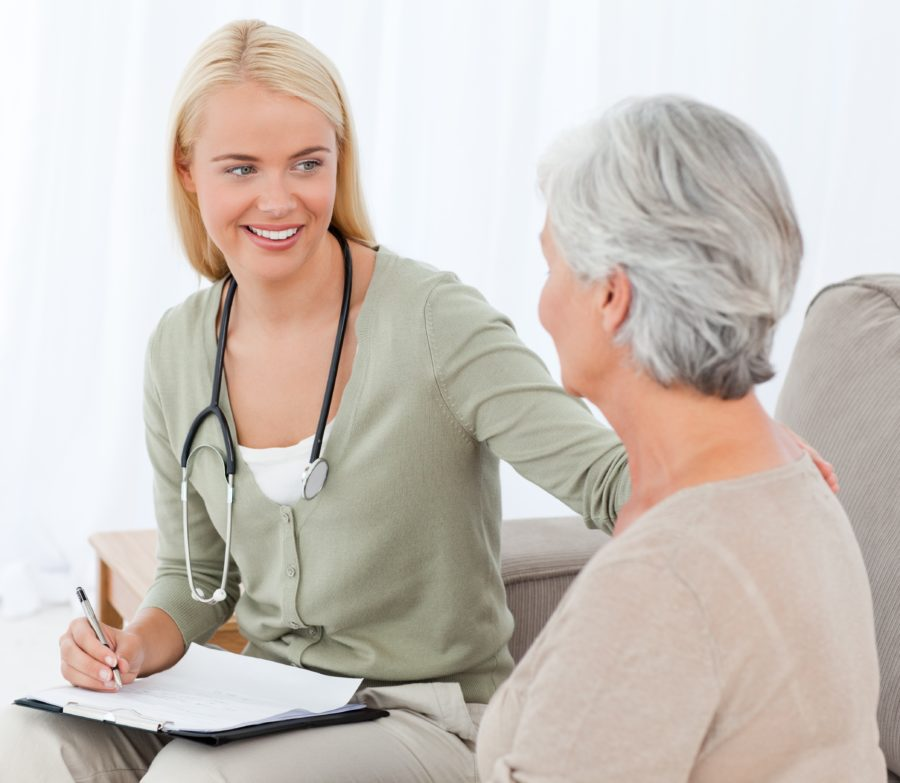 Elderly patient meeting with a family doctor in Kingsport, TN